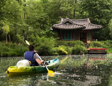 694x442-web-locadventure-parcours-la-venise-briarde-temple-asiatique