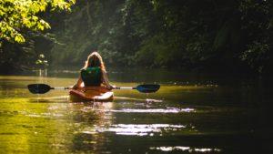 locadventure-fille-canoe
