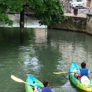 694x442-web-locadventure-canoe-kayak-crecy-la-chapelle-deversoir