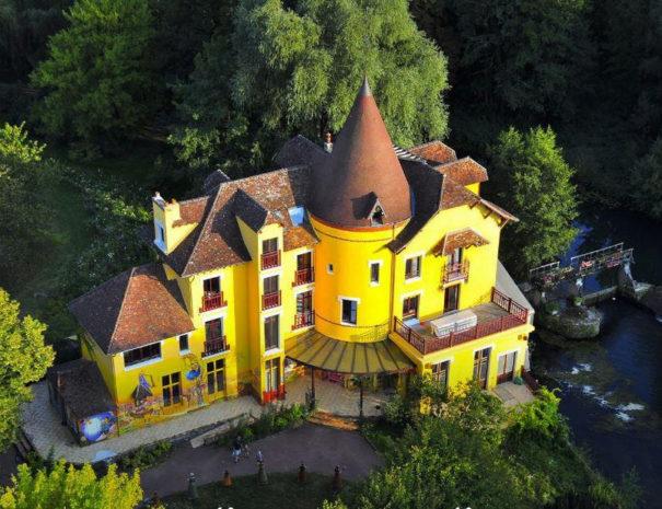 Photo moulin jaune BD