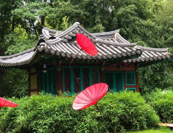 locadventure-moulin-jaune-temple-asiatique