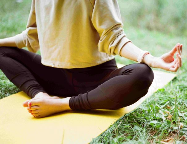 locadventure-yogalab-canoe-yoga