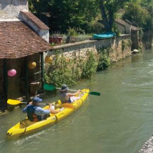 694x442-location-canoe-kayak-lavoirs-locadventure